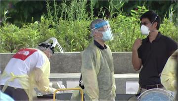 醫批新北讓醫護「穿雨衣篩檢」 衛生局:那是防護衣