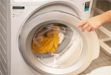 洗衣球洗衣用錯方式小心愈洗愈髒!塞太多衣服也不O...