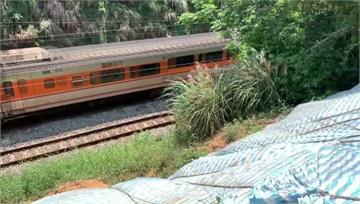 竹北鐵路邊坡坍塌7個月未建防土牆  居民憂「太魯...