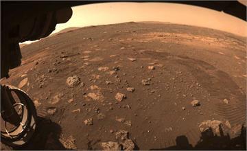 「毅力號」首度在火星上行駛 33分鐘走6.5公尺