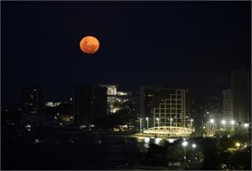 紅色月亮是空汙害的!小心鼻過敏,預防5招做了沒?