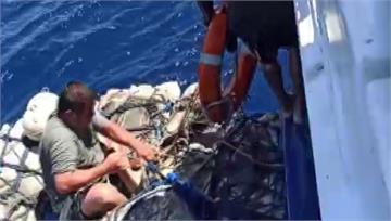 琉球籍漁船觸礁 1台籍船員不幸罹難