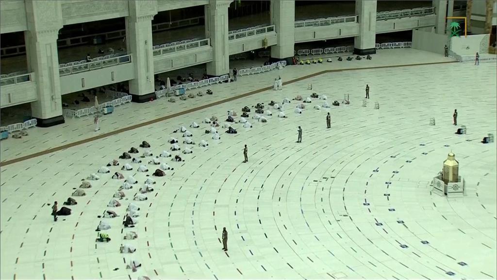 伊斯蘭教年度盛事麥加朝聖。圖/翻攝自AP Direct