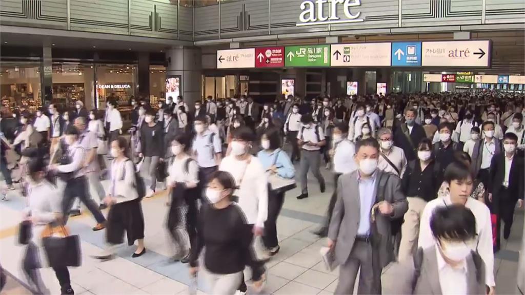 日本疫情持續升溫,指揮中心將其從中低感染風險國家移除。圖:台視新聞