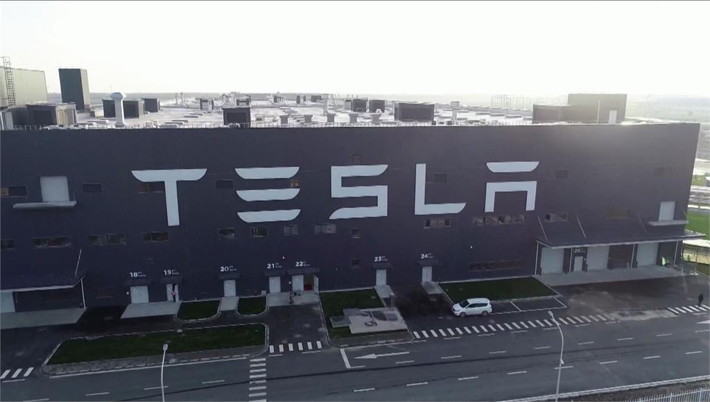 業界盛傳太陽能電池模組廠「元晶」獲得特斯拉太陽能電池片大單。圖/非凡新聞