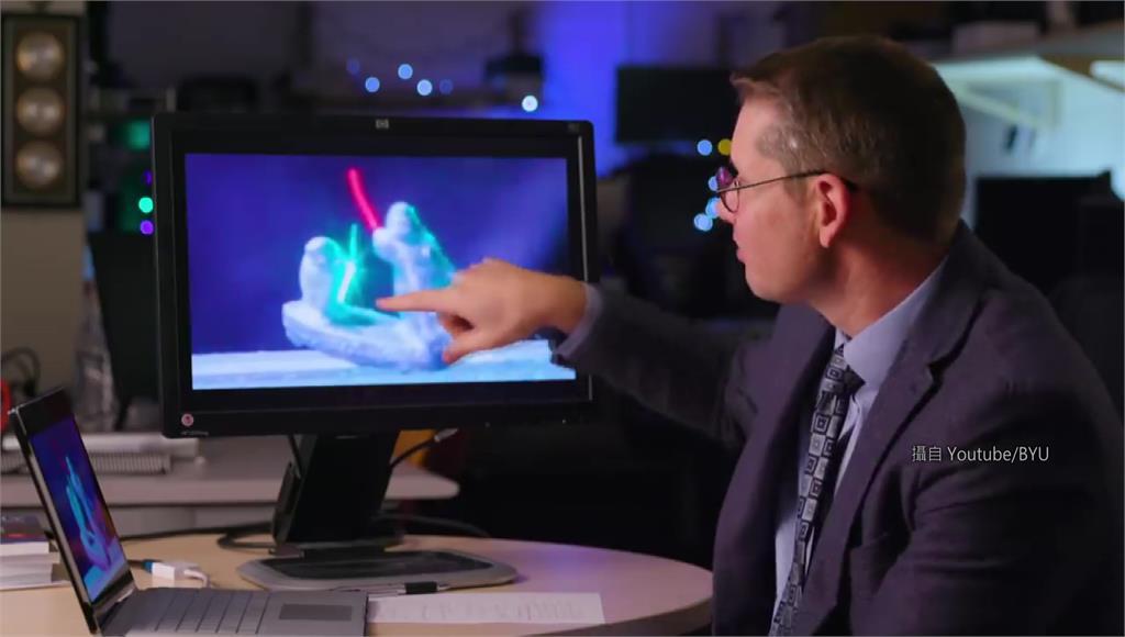 研究團隊重現科幻電影經典橋段。圖/翻攝自YouTube/BYU
