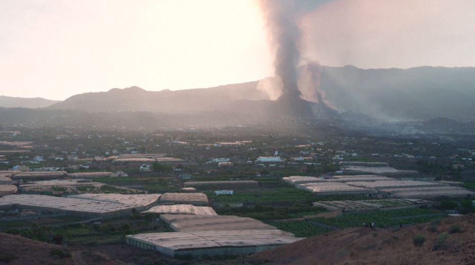 坎布雷別哈火山噴發 西班牙王室勘災慰問