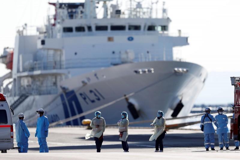 日本鑽石公主號一名8旬台籍旅客咳血,向蔡英文總統求救。圖:台視新聞