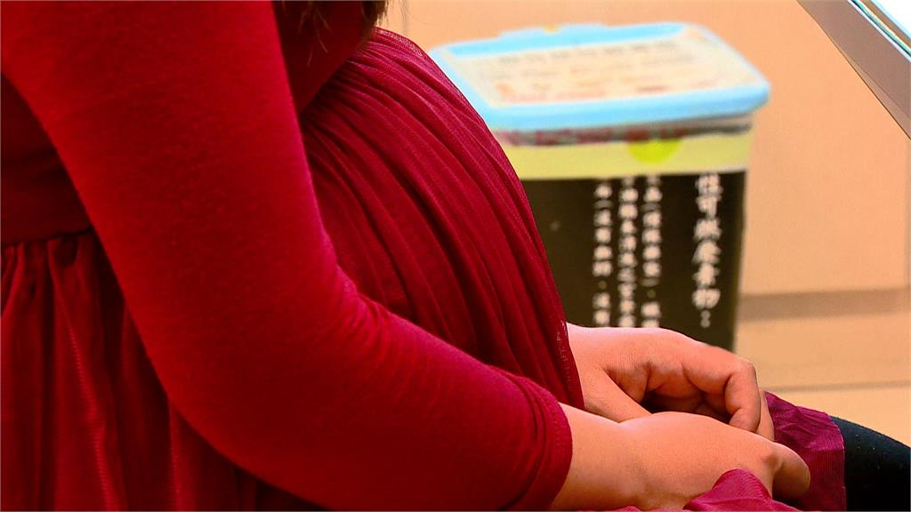 孕婦優先打莫德納 醫:懷孕12週後接種「利大於弊」。示意圖/台視新聞