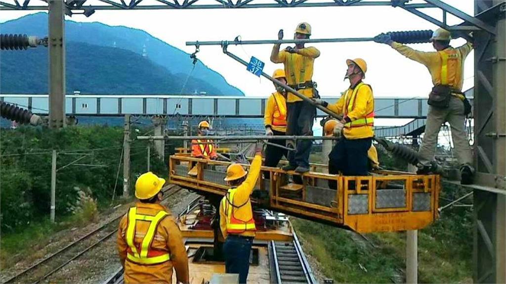 南迴線鐵路電氣化。圖:台鐵局提供
