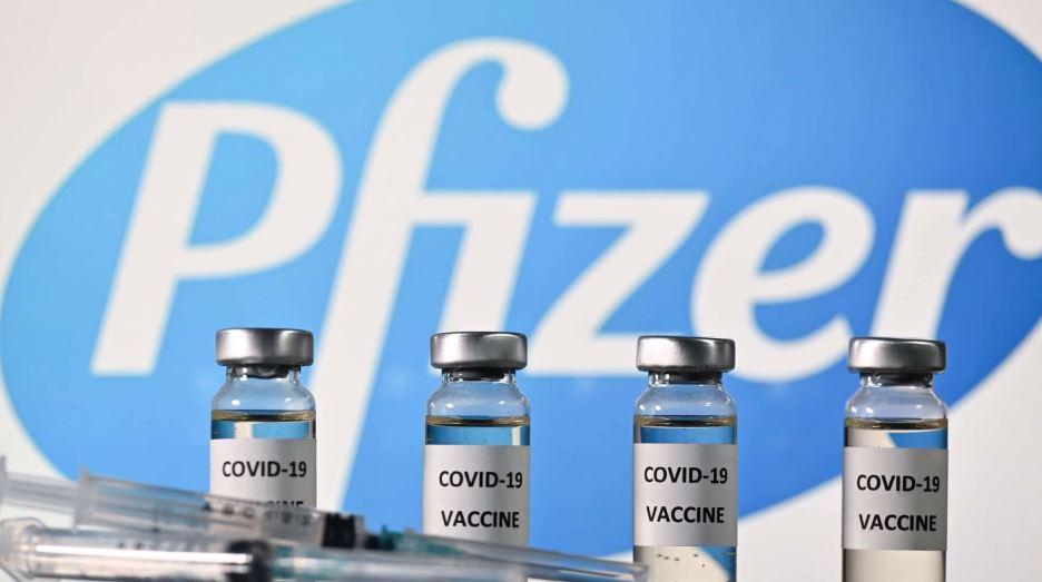 佛契認為,輝瑞建議追加第3劑疫苗的討論,言之過早。圖/翻攝自AP direct