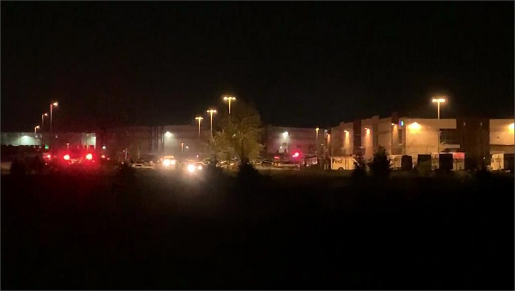 美國印地安納州首府傳槍擊,地點為聯邦快遞的一處設施。圖/Ap direct