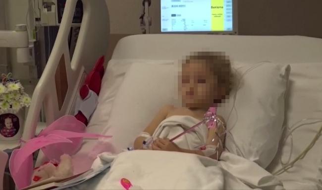 女童獲救後,在醫院進行檢查。圖:翻攝自AP direct