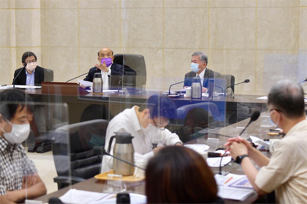 行政院召開擴大防疫會議。圖/行政院提供