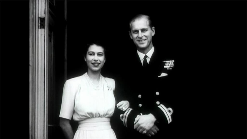 菲利普親王、伊莉莎白女王走過73年「白金婚」 美...