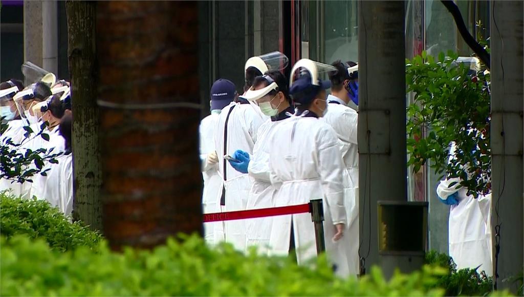 華航清零計畫,8日首批機組人員進行唾液採檢。圖/台視新聞
