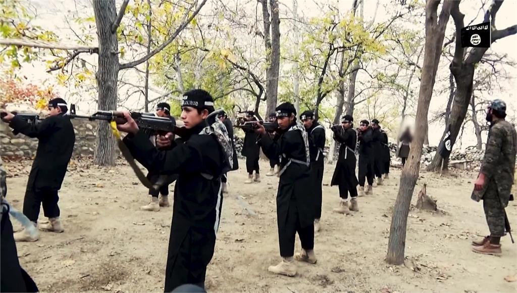 犯下喀布爾恐怖攻擊的ISIS-K讓外界聞風喪膽。圖/翻攝自AP direct