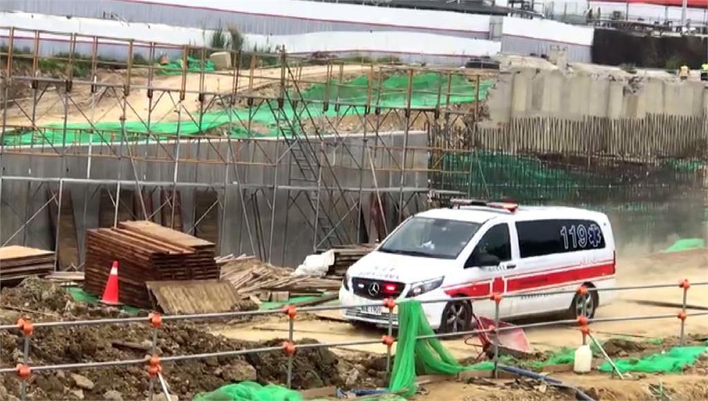 救護車趕往工地。圖/台視新聞