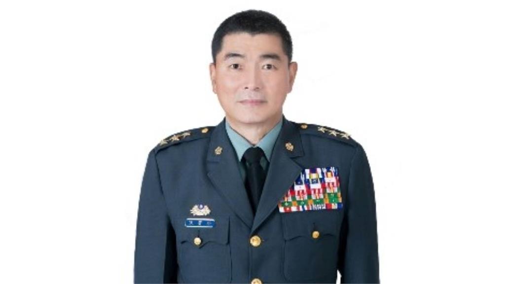 參謀總長黃曙光將屆退 陸軍司令陳寶餘接任